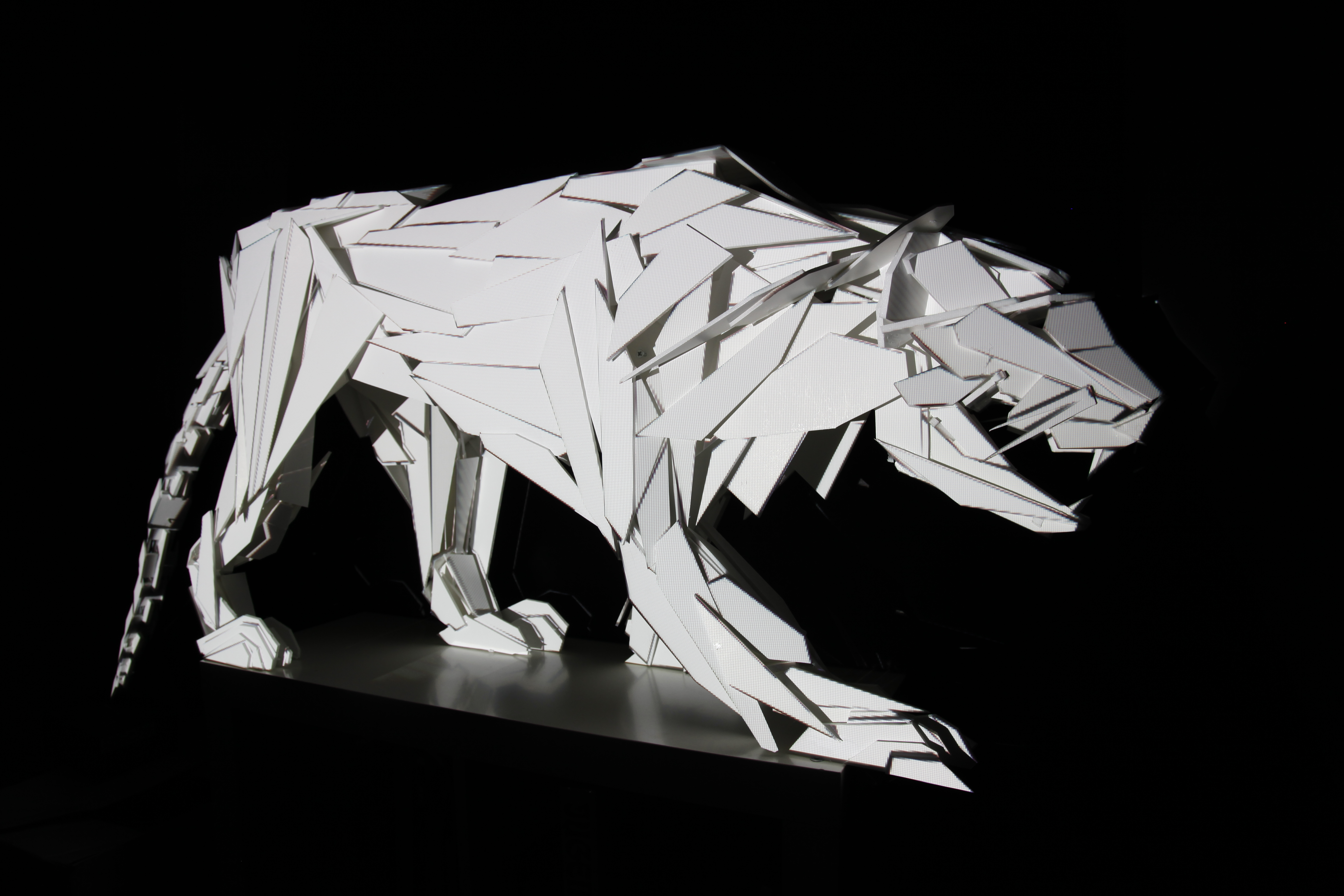 Projection Mapping On 3 Dimensional Tiger Sculpture